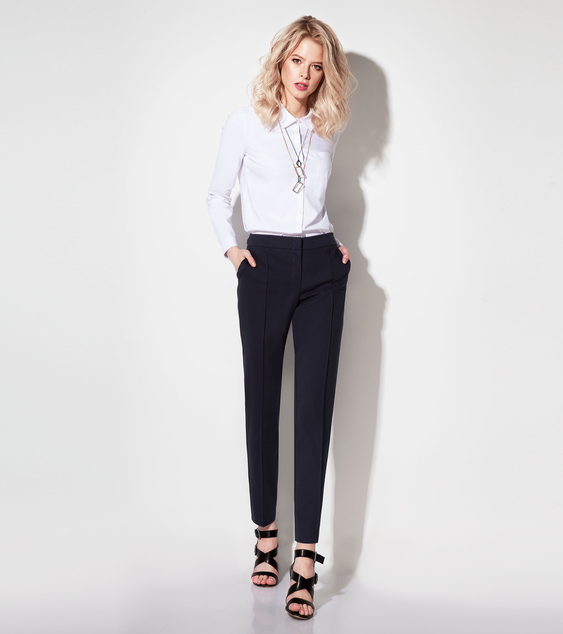 Women's trousers 197760